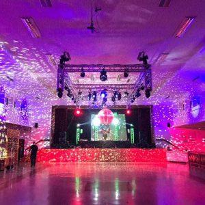 Veranstaltungtechnik auf einer Party Licht und Ton